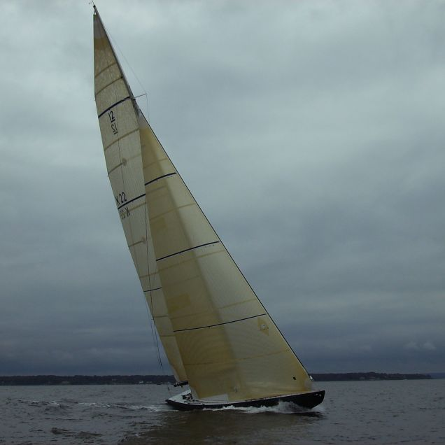 Victory '83 enjoying perfect twelve metre conditions!